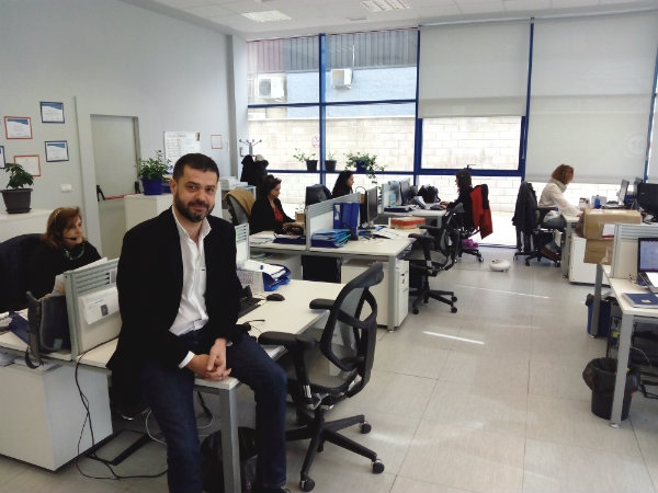 http://empresariosdelhenares.es/upload/img/periodico/img_4691.jpg